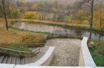 Туристичне селище Любеч — без вигод
